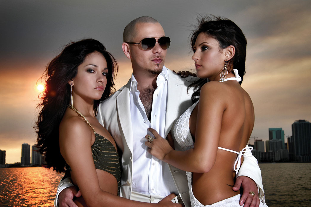 Cue feat. Pitbull & Shawn Lewis – Crazy For The Summer (Video)