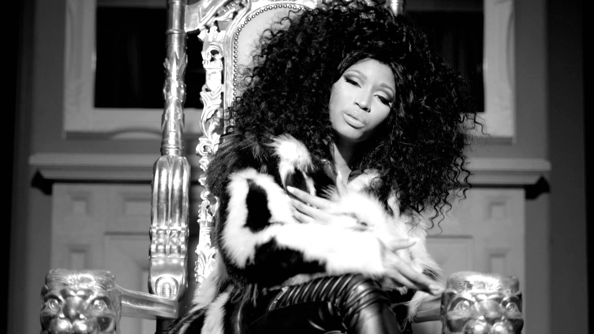 Nicki Minaj feat. Soulja Boy – Yasss Bitch