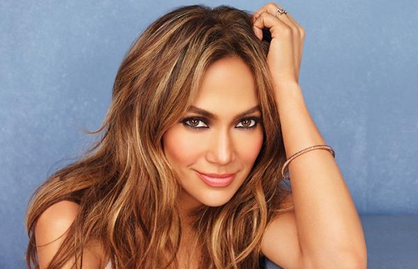 Jennifer Lopez feat. Travie McCoy – A.K.A.
