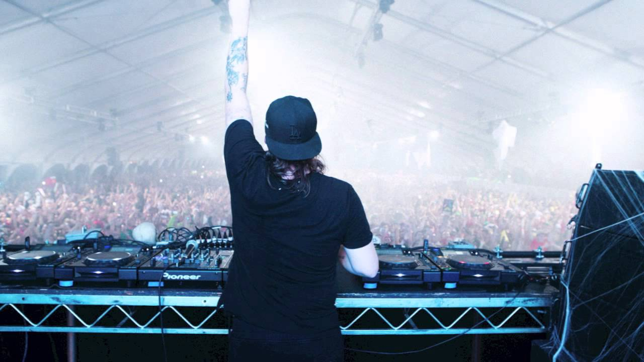 Steve Angello Feat. The Presets – Hero (Preview)