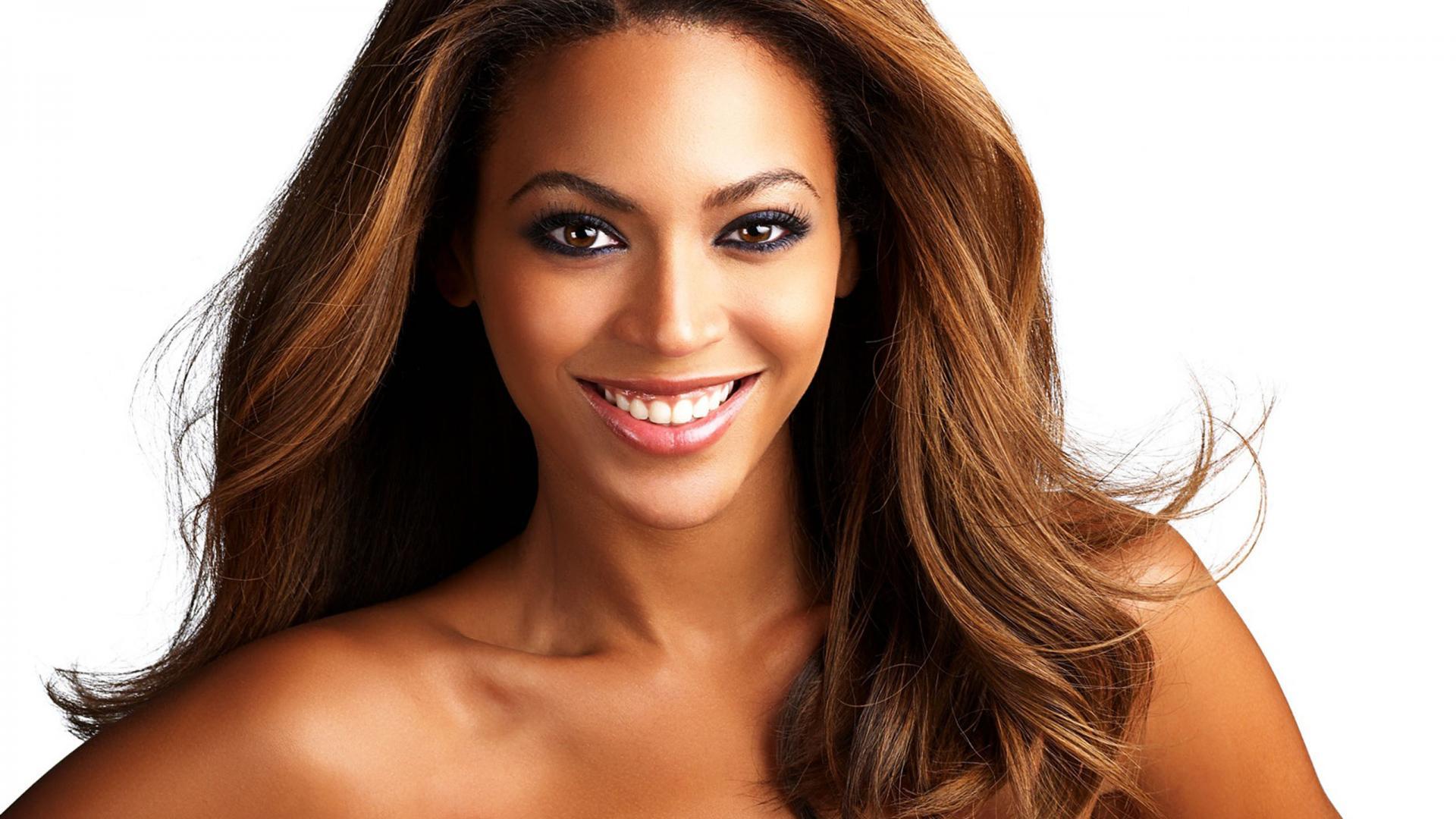 Naughty Boy feat. Beyonce & Arrow Benjamin – Runnin' (Video)