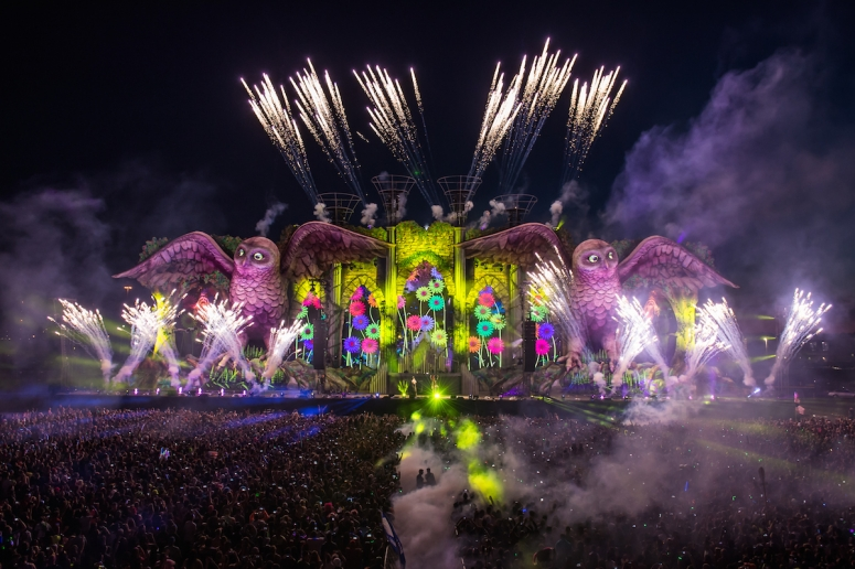 electric-daisy-carnival-edc-new-york-2015