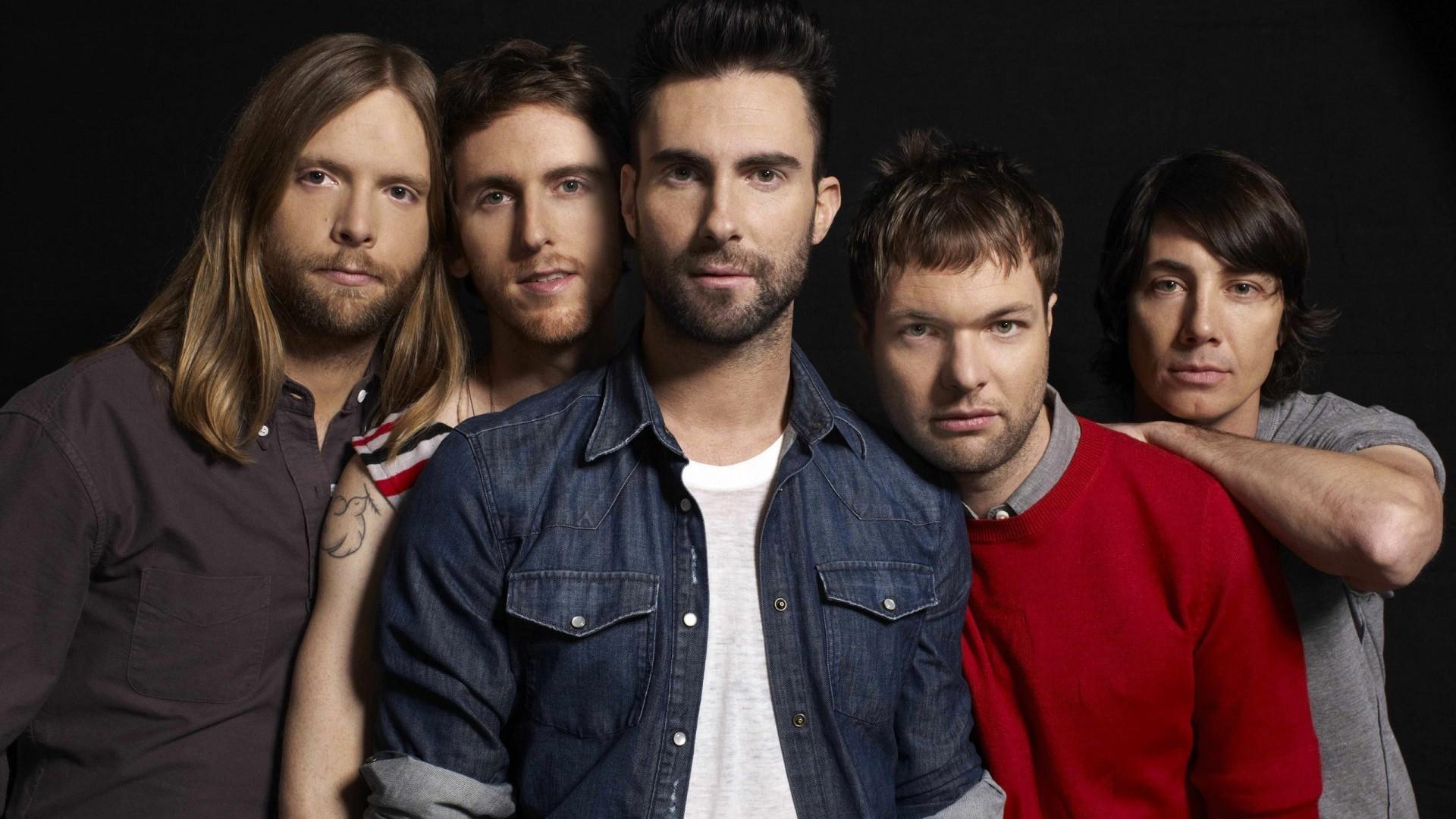 Maroon 5 – This Summer's Gonna Hurt Like A Motherfucker (Video)