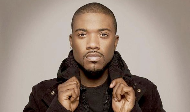 Ray J feat. Flo Rida, Brandy & Designer Doubt – Right On Time (Video)
