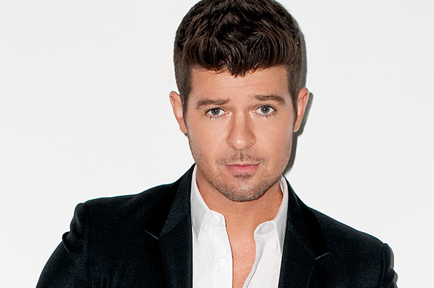 Robin Thicke feat. Lil Wayne – None Of Your Business