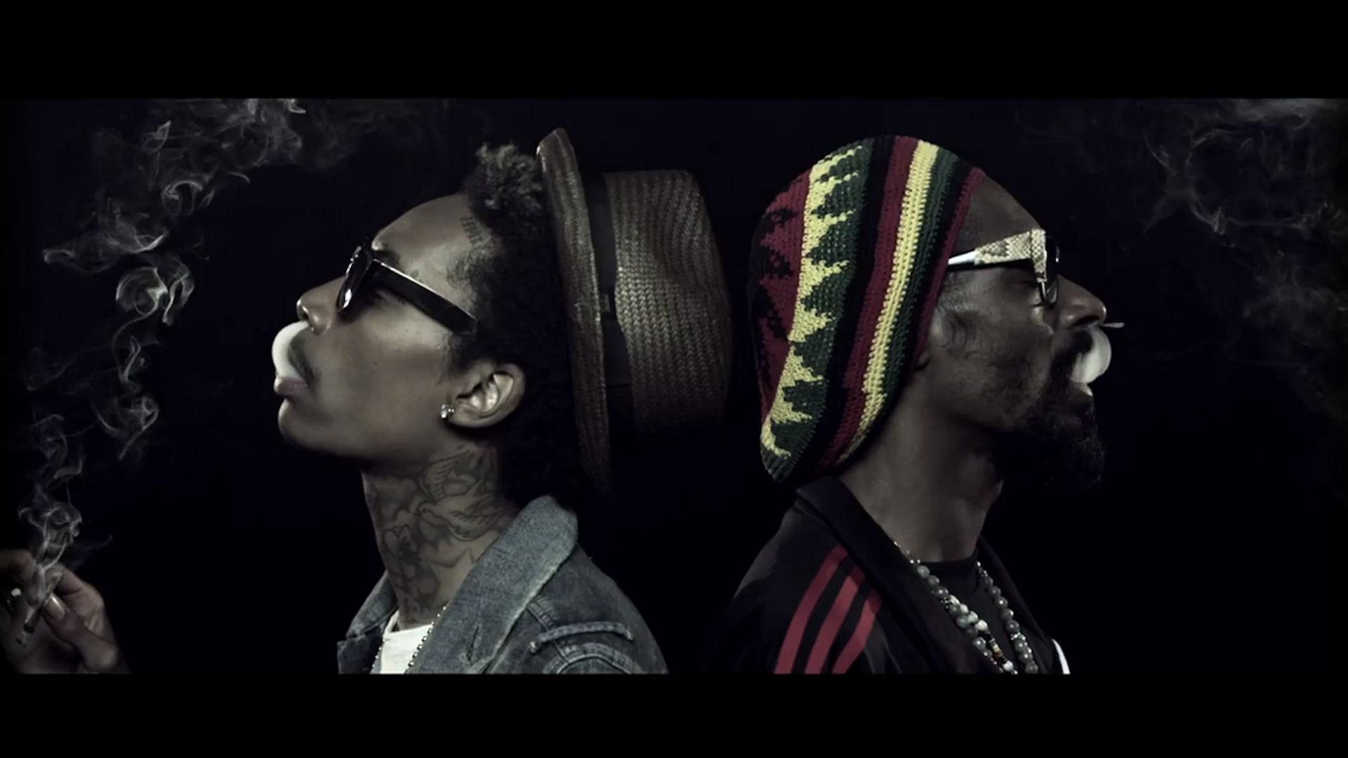 Snoop Dogg feat. Wiz Khalifa – Kush Ups (Video)