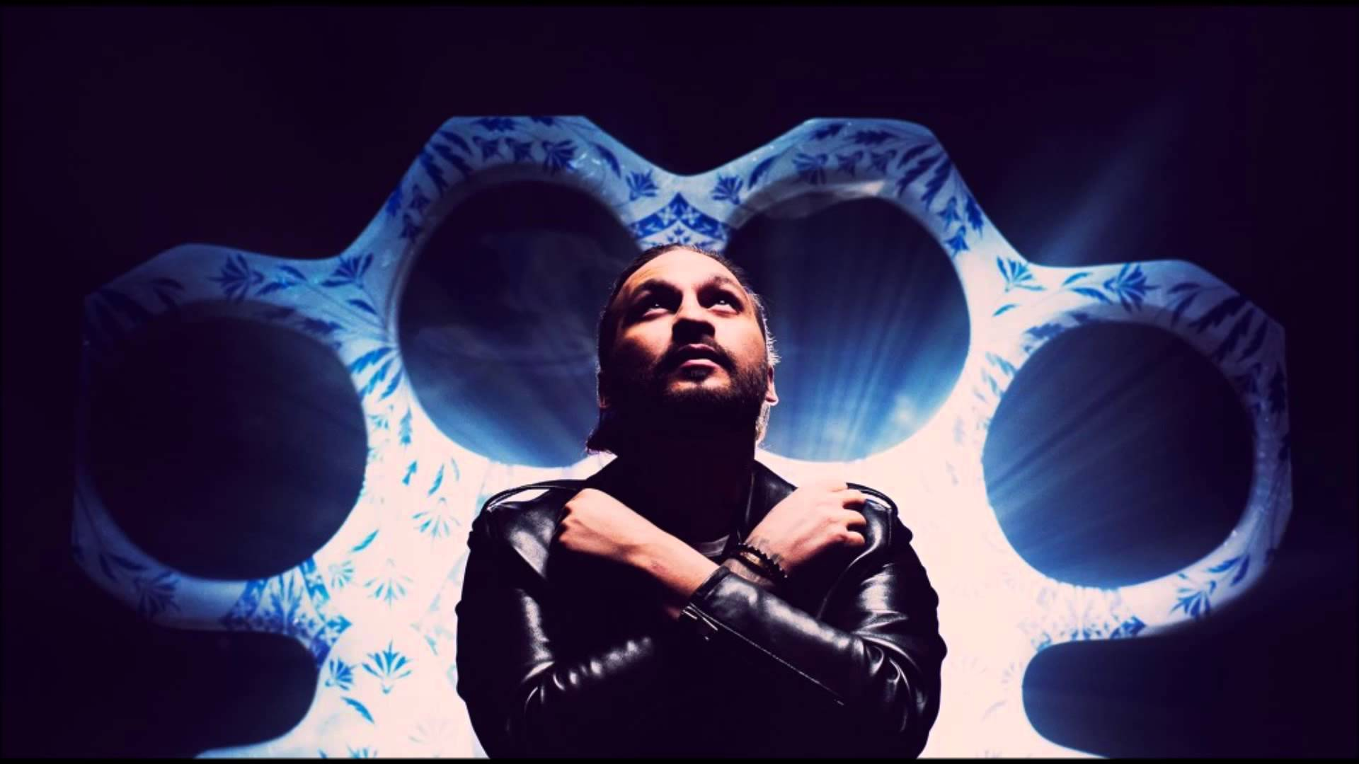 Steve Angello, Saturday, Monday - The Ocean ft. Julia Spada