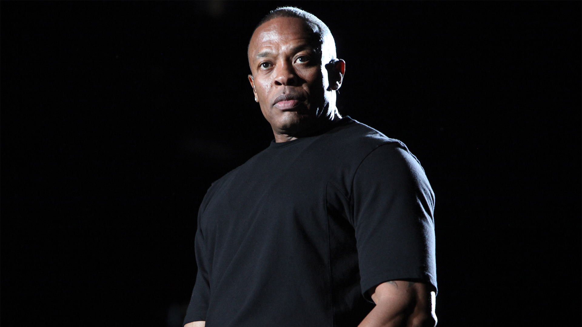 Dr. Dre & Sly Pyper – The Pharmacy (Freestyle)