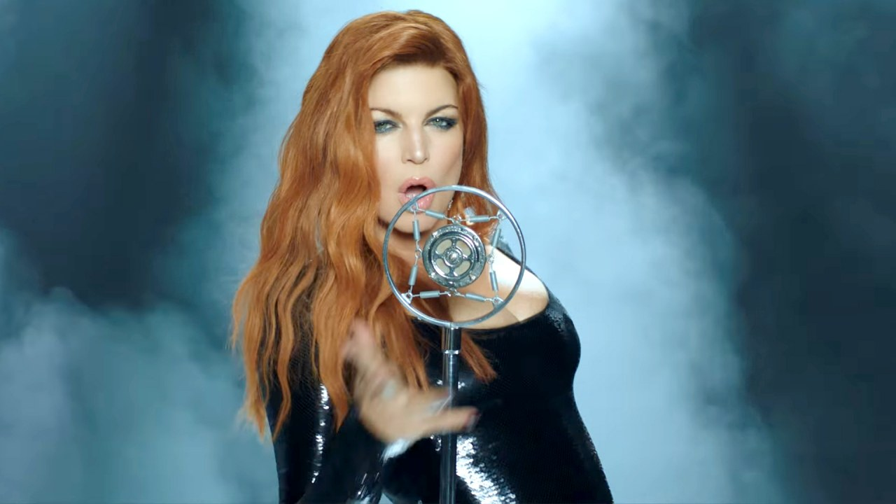 Fergie – Save It Till Morning (Video)
