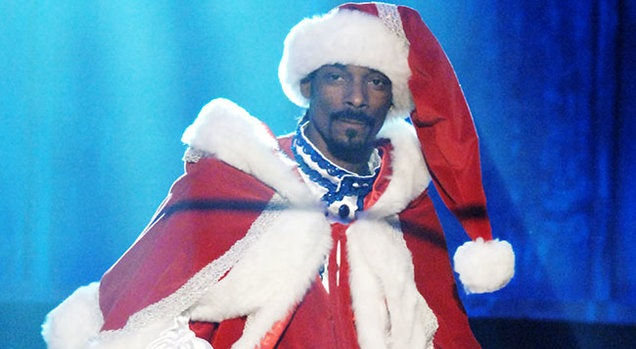 Snoop Dogg feat. C.S. Armstrong & Lil Half Dead – 3 Ho's For The Holidays