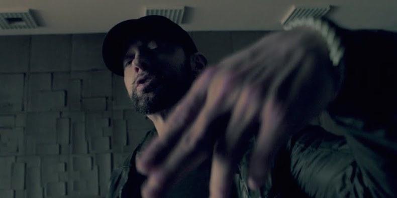 Eminem – Fall (Video)