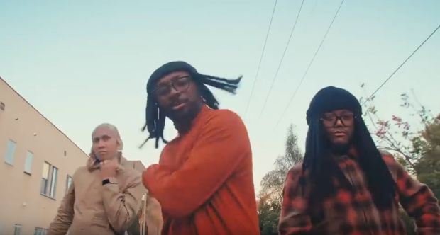 The Black Eyed Peas feat. Esthero – 4EVER (Video)