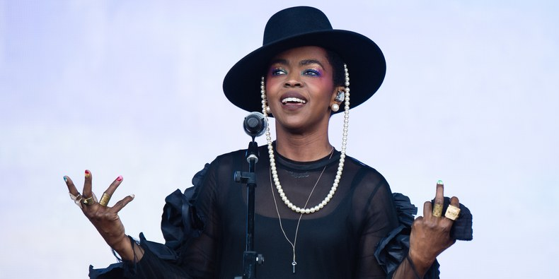 Lauryn Hill – Guarding The Gates
