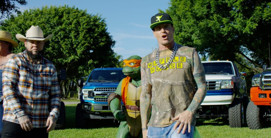 Vanilla Ice feat. Forgiato Blow & Cowboy Troy – Ride The Horse (Video)