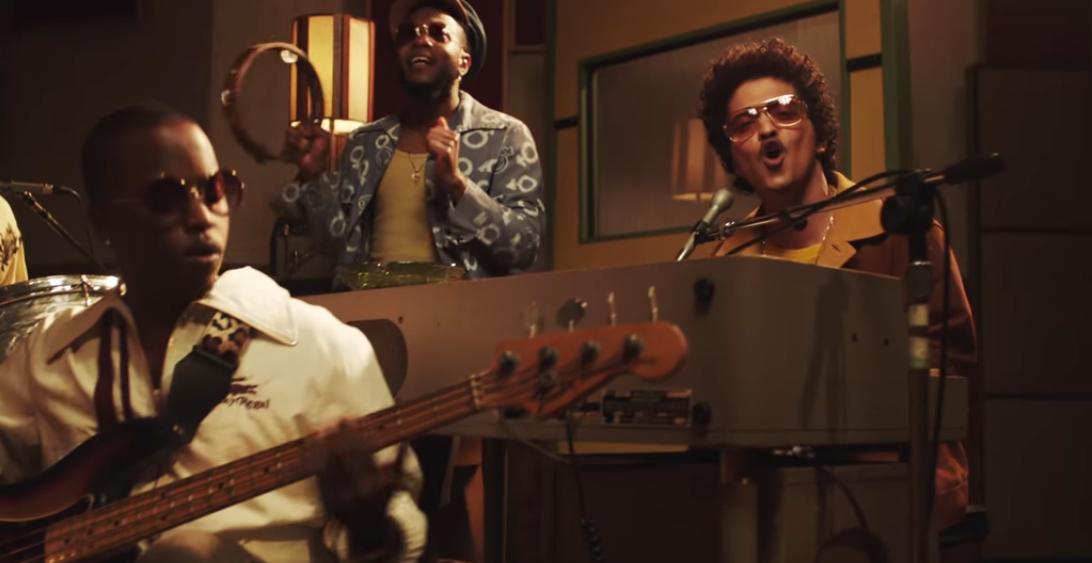 Bruno Mars & Anderson .Paak – Leave This Door Open (Video)
