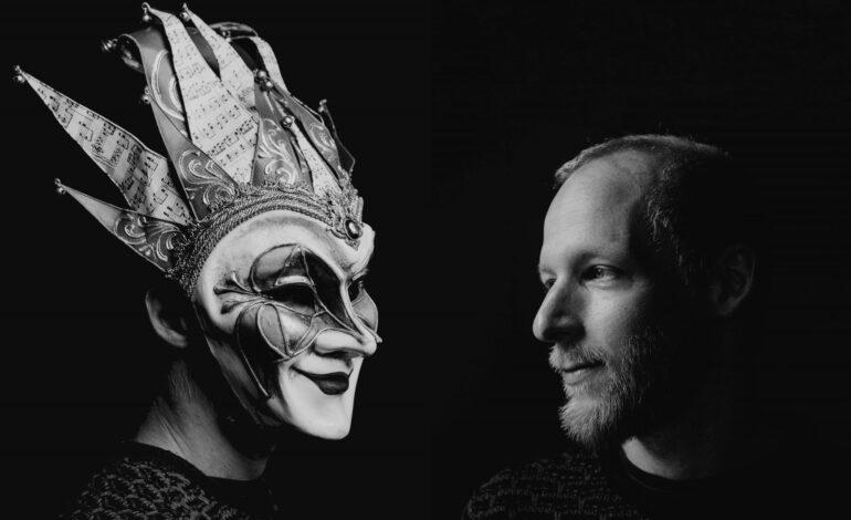 Boris Brejcha & Arctic Lake παρουσιάζουν το ιντριγκαδόρικο 'House Music'
