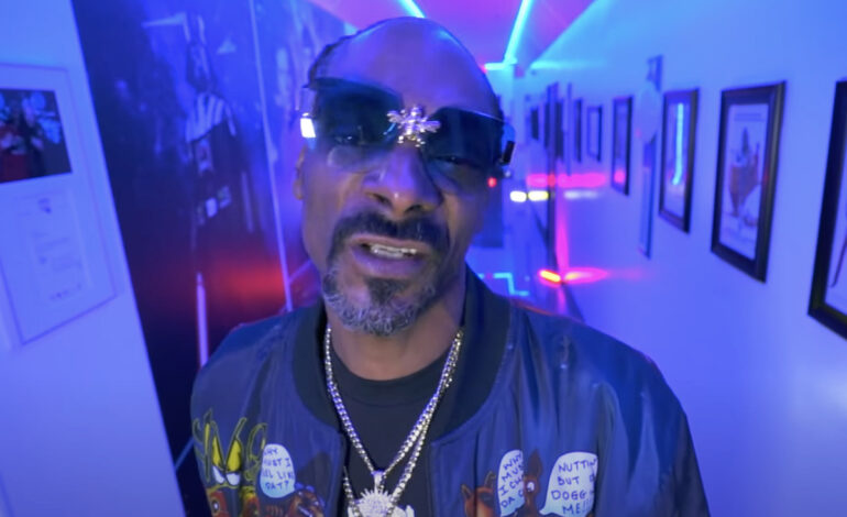 Snoop Dogg feat. Mozzy – Gang Signs (Video)